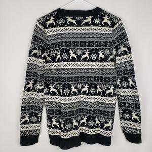 NWT Reindeer Christmas Sweater Medium Forever 21